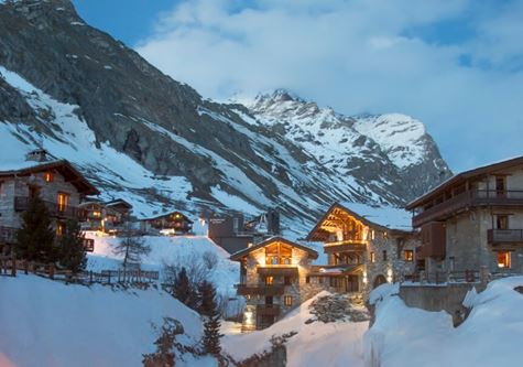 A view of the snowy valley at Club Med Val D'Isère at night