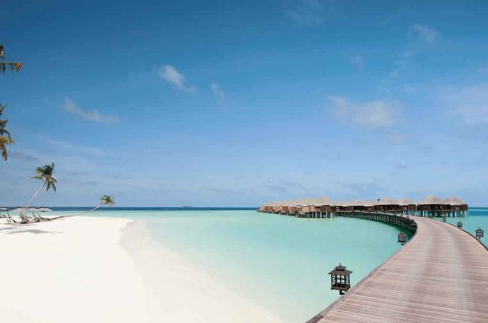 A perfect beach at Constance Halaveli resort in the Maldives