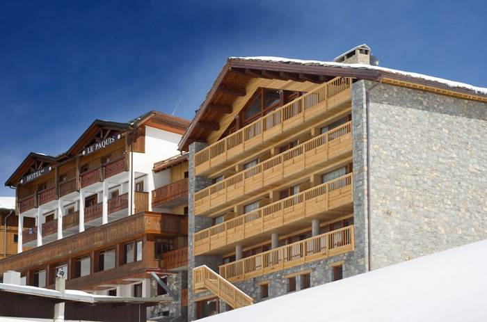 A wooden and stone chalet: Esprit Ski Chalet Corniche