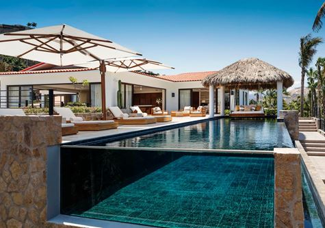 An infinity pool at the the One and Only Palmilla Hotel