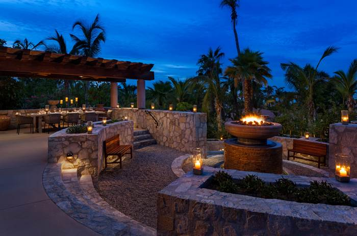 the One and Only Palmilla Hotel outdoor dining